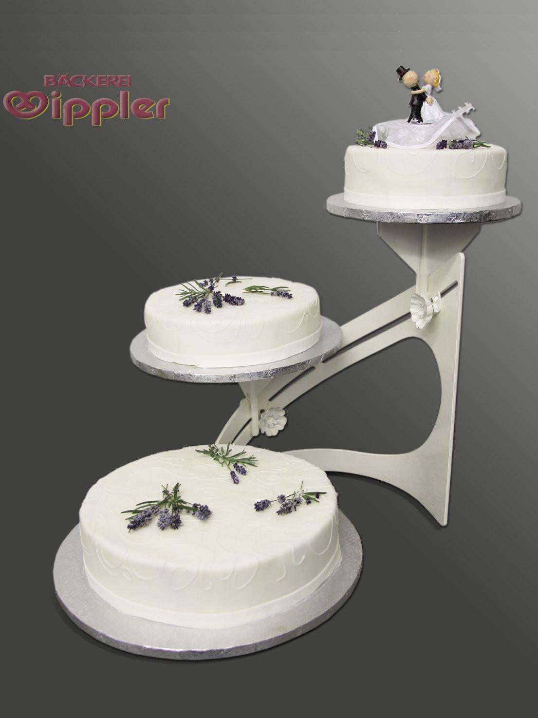 Hochzeitstorte_Lavendel.jpg