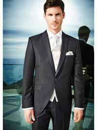 Wilvorst Bräutigam-Anzüge bei DOMINO Brautmoden