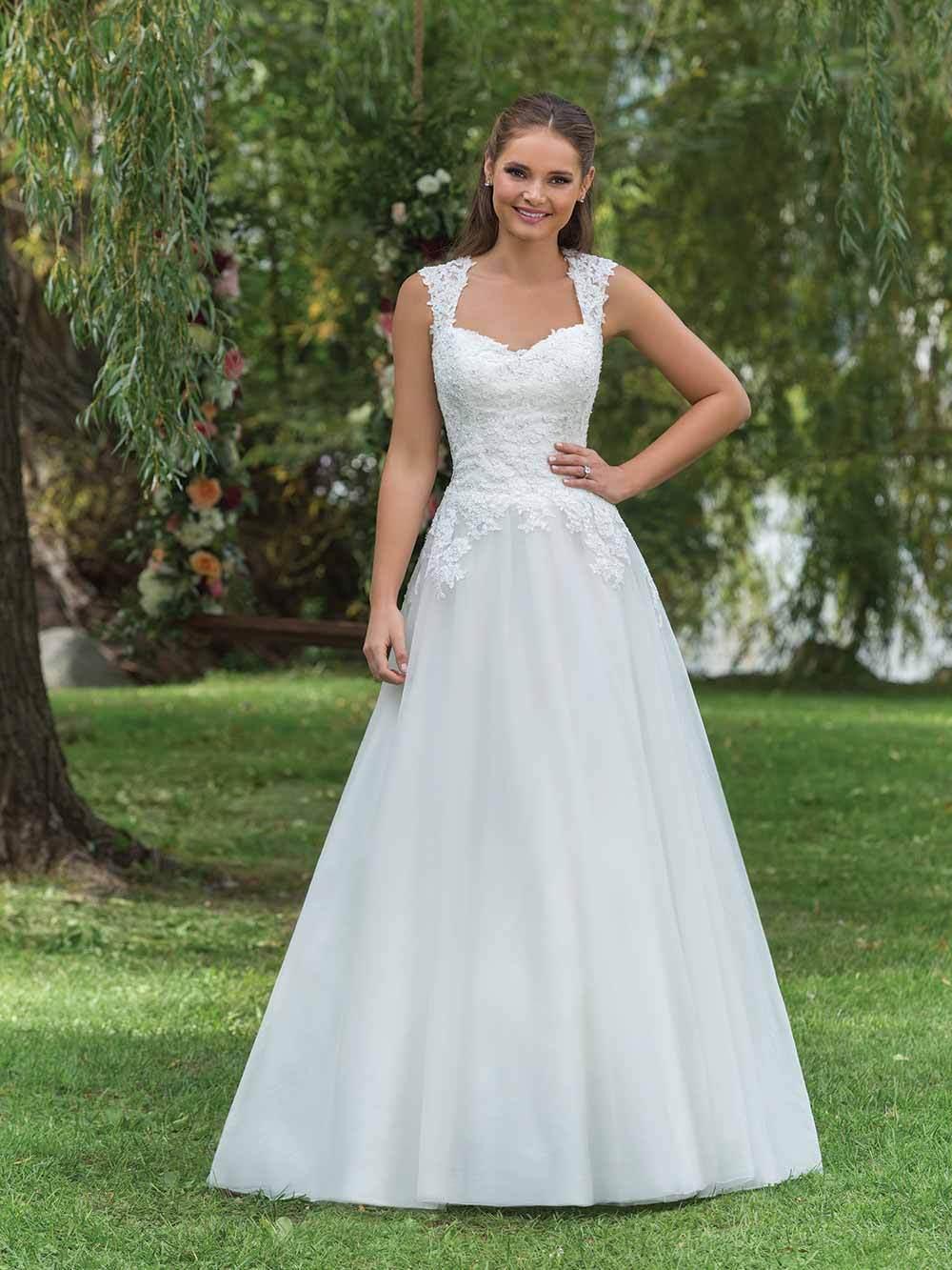 Sincerity und Brautkleider aus den USA