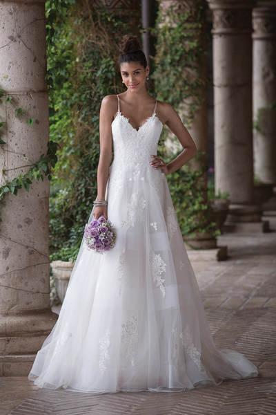 DOMINO Brautmoden - Aktuelle Brautkleid-Trends führender ...