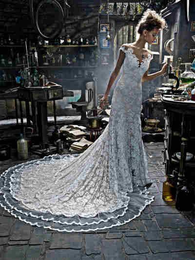 Brautkleid Style 2150 von Olvi`s
