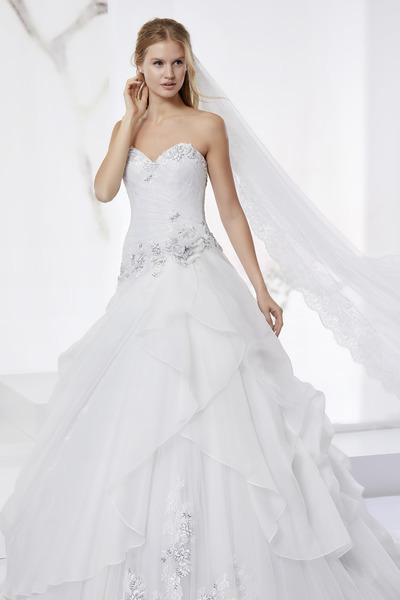 Brautkleid JOAB18515 von Nicole Fashion Group