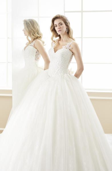Brautkleid ROAB18882 von Nicole Fashion Group