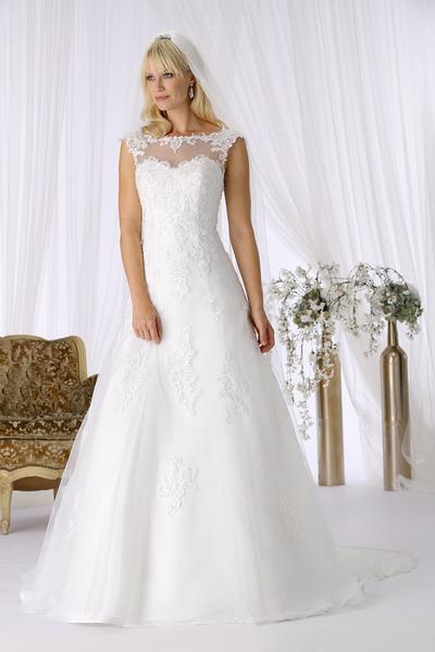 Brautkleid 8372 von Très Chic