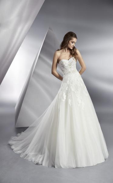 Brautkleid Beluga von Modeca