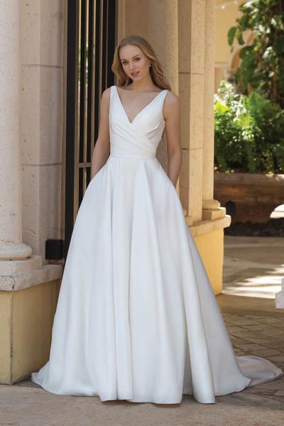 Brautkleid 44080 von Sincerity