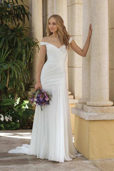 Brautkleid 44084 von Sincerity