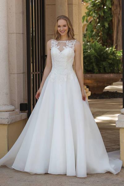 Brautkleid 44087 von Sincerity