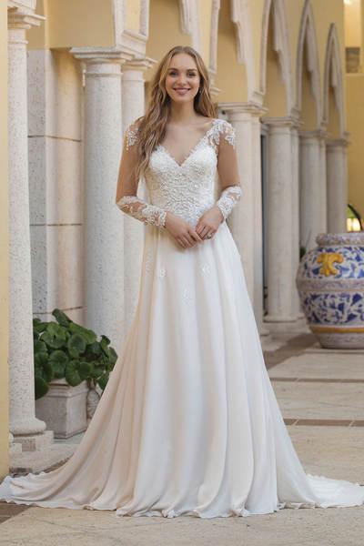 Brautkleid 44098 von Sincerity