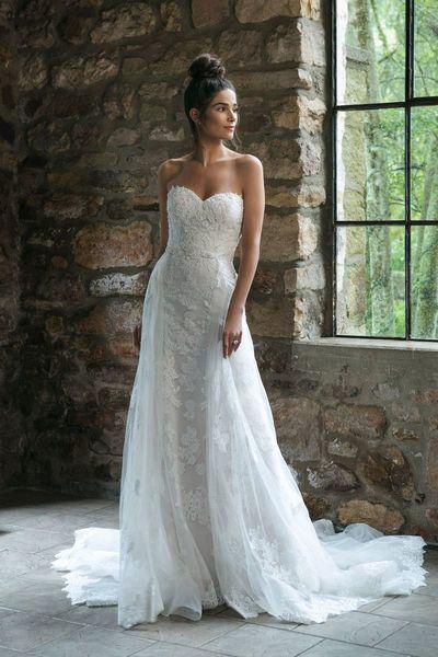 Brautkleid 44064 von Sincerity