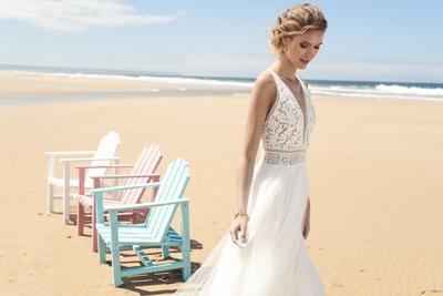 Brautkleid Katie von Rembo Styling