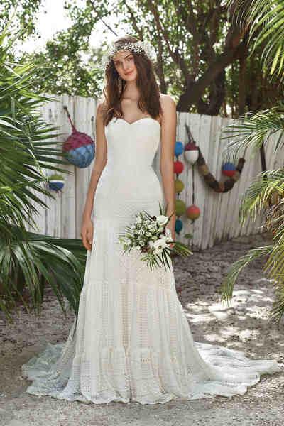 Brautkleid 66031 von Lilian West
