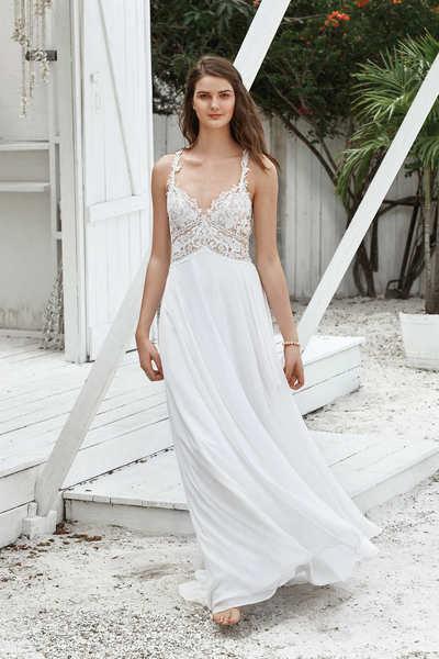 Brautkleid 66035 von Lilian West