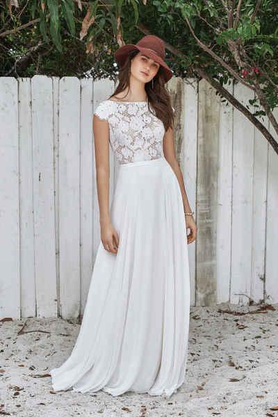 Brautkleid 66039 von Lilian West