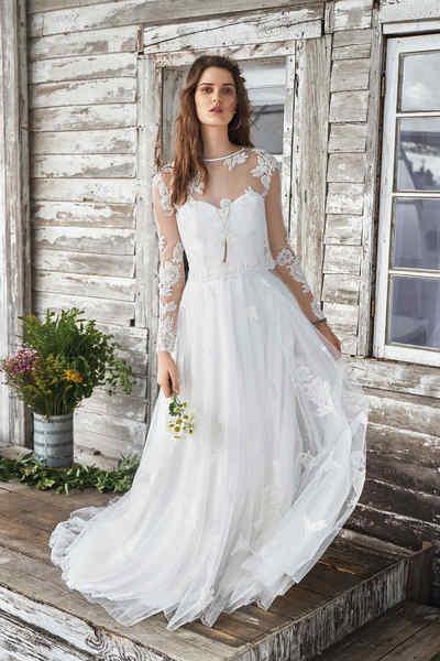 Brautkleid 66041 von Lilian West
