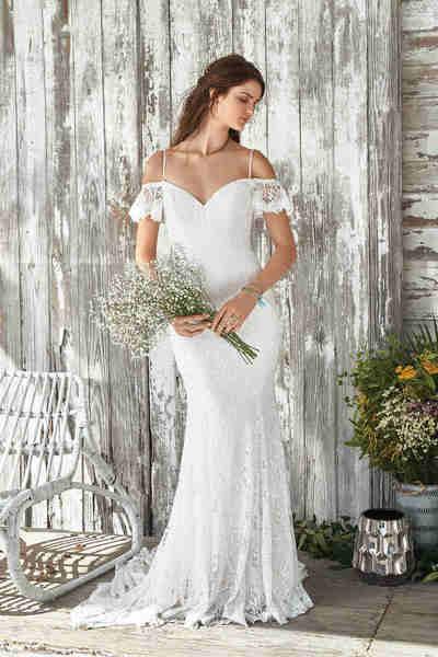 Brautkleid 66047 von Lilian West