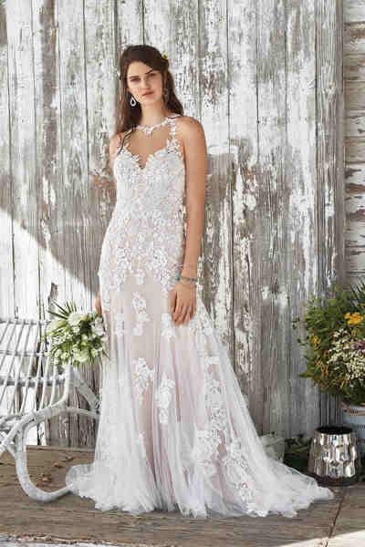 Brautkleid 66050 von Lilian West