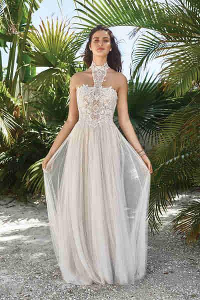 Brautkleid 66053 von Lilian West