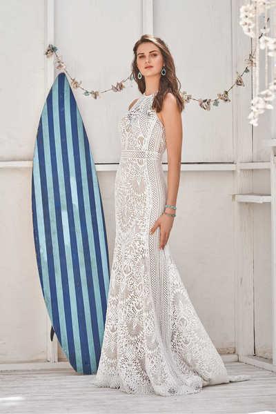 Brautkleid 66055 von Lilian West