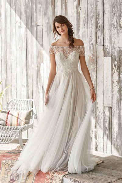 Brautkleid 66056 von Lilian West