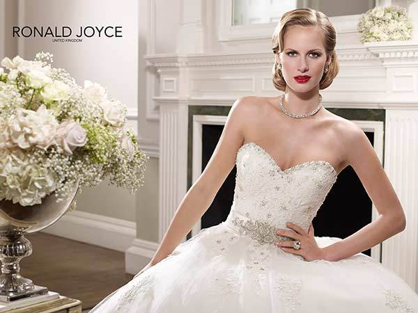 Brautmode Von Ronald Joyce Auf Ja De