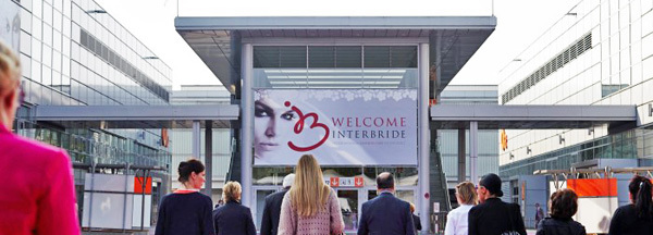 Eingang zur Interbride in Düsseldorf - Internationale Brautmodenmesse