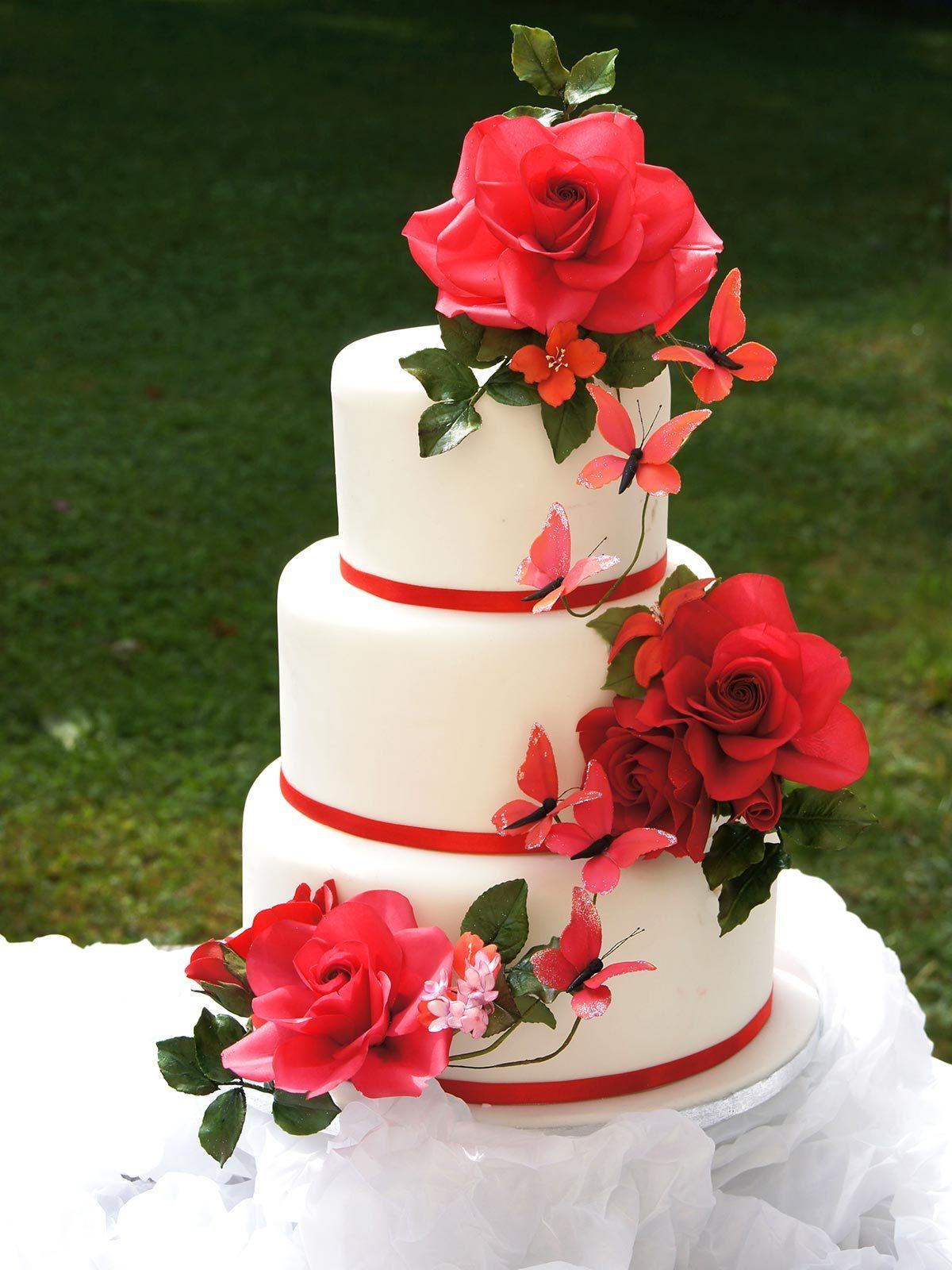 Hochzeits Torte Rote Rosen Auf Ja De