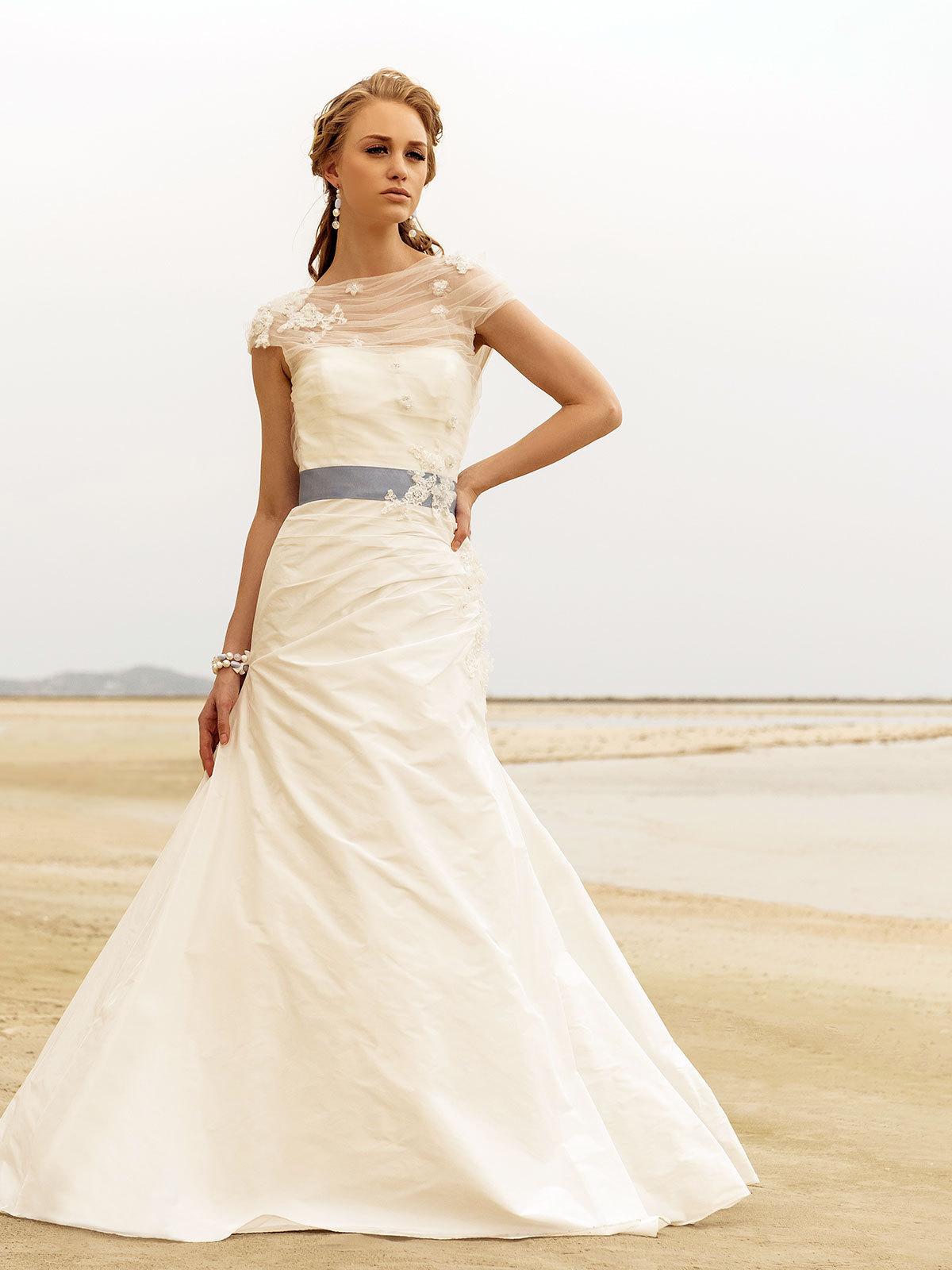 Brautkleid Emilia Von Rembo Styling Auf Ja De