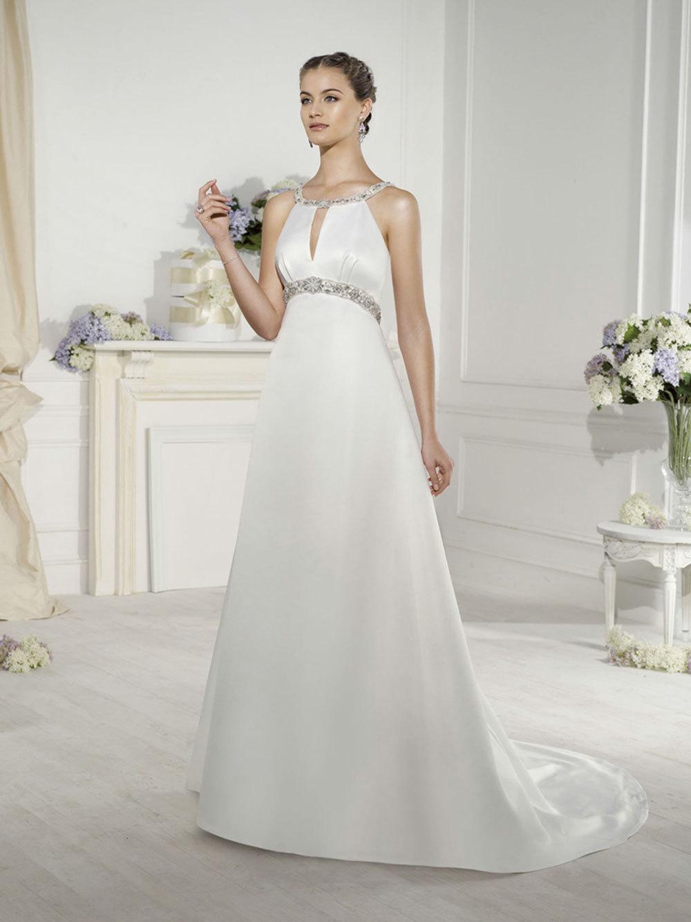 Brautkleid Latina von Novia D\'Art auf Ja.de