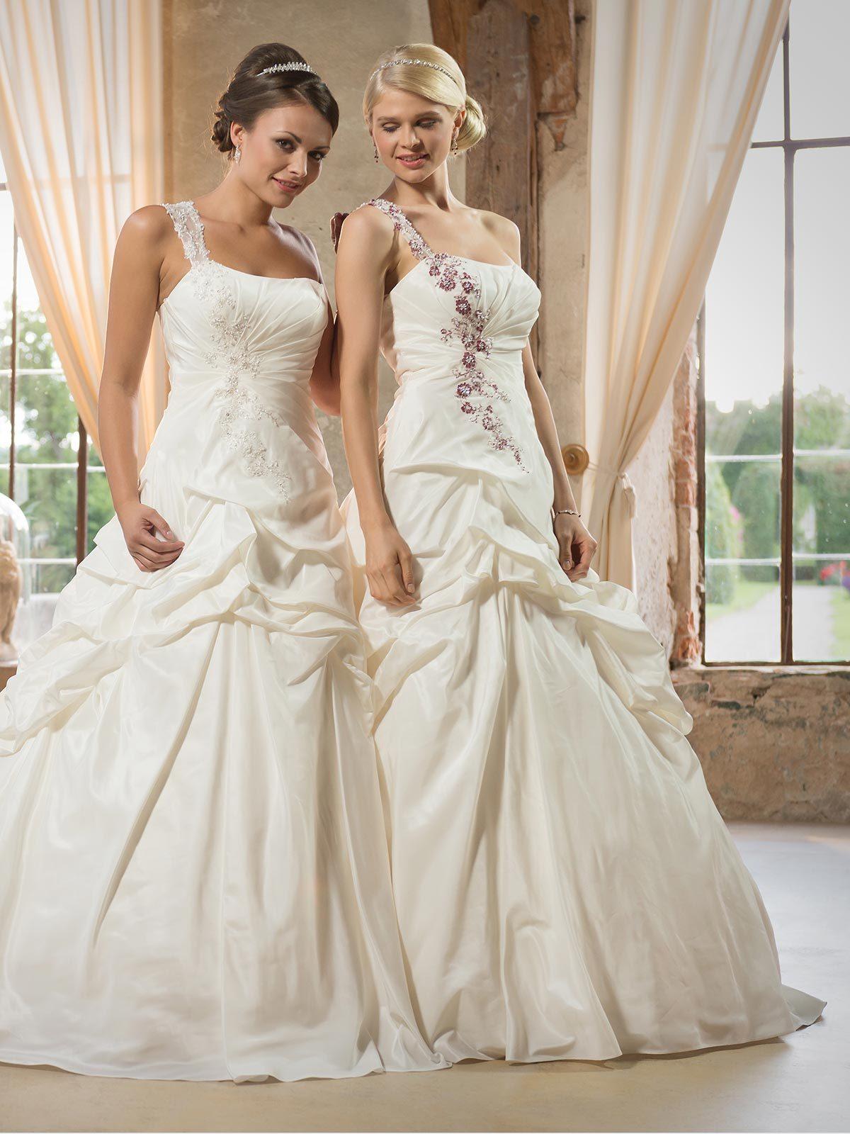 Brautkleid 19.19.19 von Weise auf Ja.de