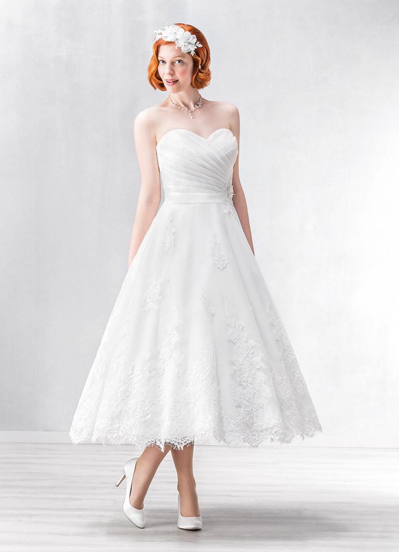 Groß Brautkleid Aberdeen Bilder - Hochzeit Kleid Stile Ideen ...