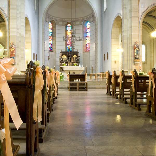Kirchliche Trauung Traum In Weiss Tipps Von Experten Auf Ja De
